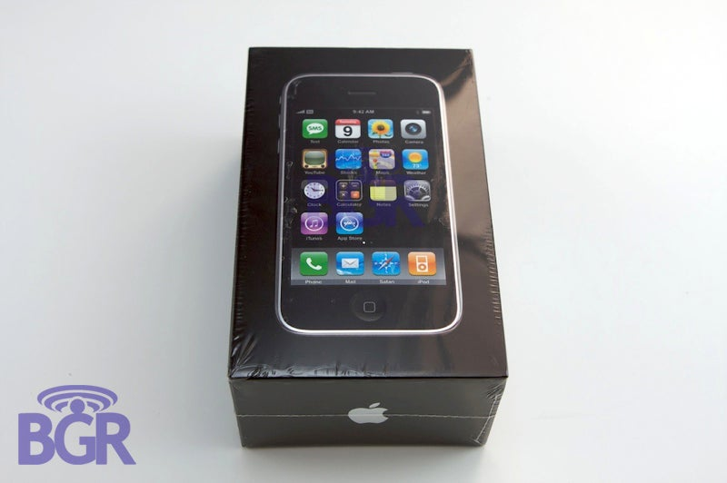 iPhone 3G First US Unboxing (Best Photos Yet)