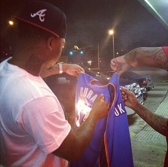 Everyone Relax: The Guy Burning The Kevin Durant Jersey Isn't A Thunder Fan