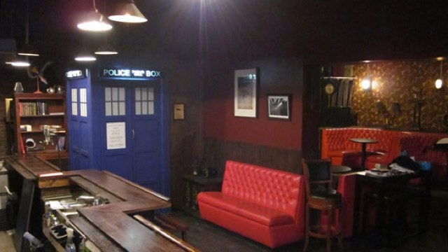 Brooklyn bar turns the TARDIS into a Toilet