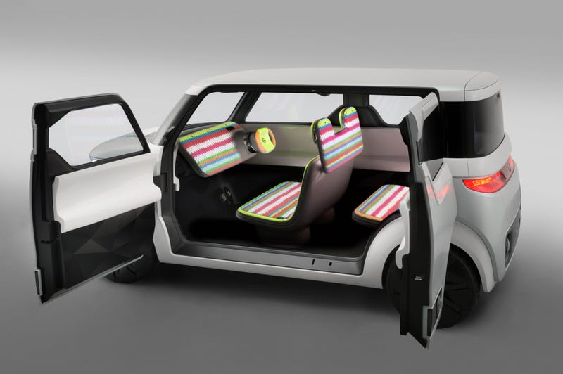 Just About Every Surface Inside Nissan's Concept Car Is a Screen Display