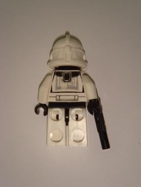 LEGO Star Wars Minifig Lights Up with LED, Scares Other Minifigs