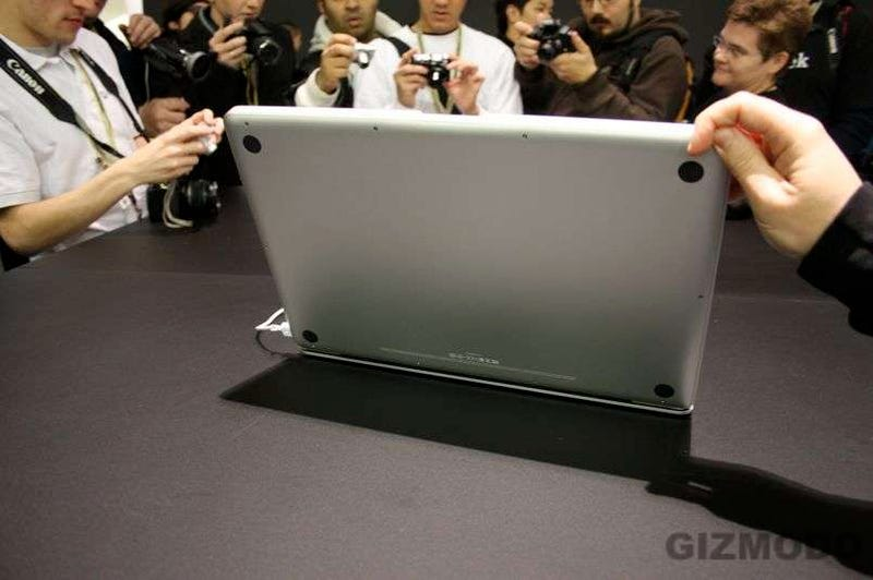 "17"" MacBook Pro Unibody First Hands On"