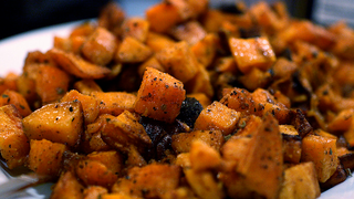 Sweet Potatoes Aren't Inherently Healthier Than White Potatoes