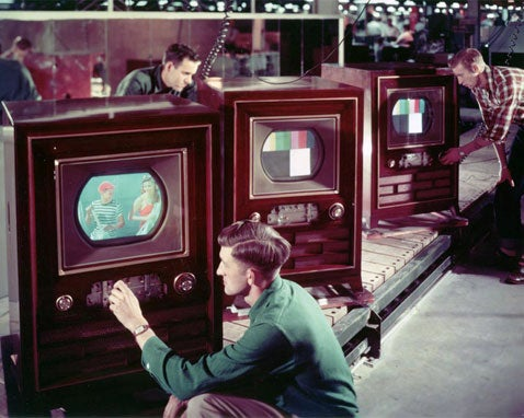 """RCA TV From 1954 Wins Wired """"Greatest Gadget of All Time"""" Contest"""