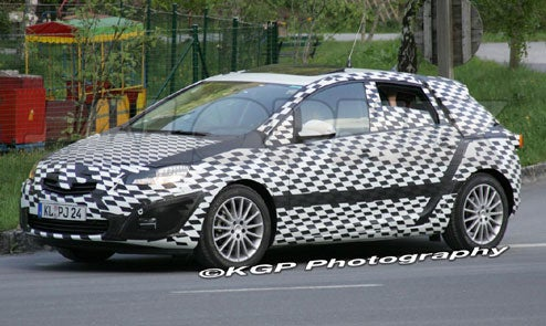 2010 Opel Astra Spotted Testing In Alps, 2011 Saturn Version Not Far Behind