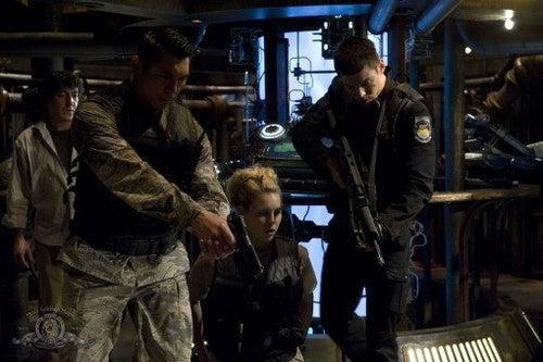 Stargate Universe 2.03 promo pics