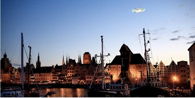 "Artist Treats Gdansk to ""Real"" Fake Flashing UFO Encounter"
