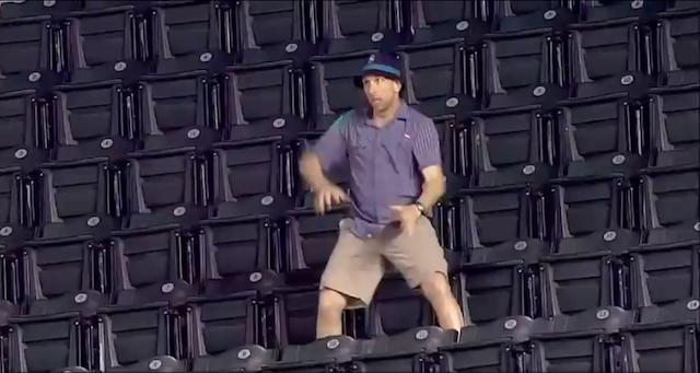 Dancin' Mariners Fan Is A Dancin' Fool