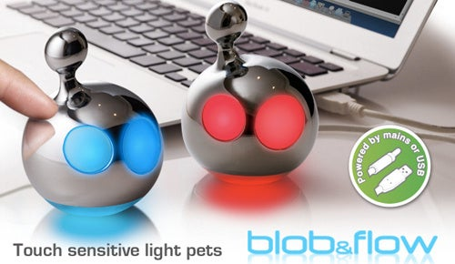Mathmos' USB Pets Blob & Flow Blink At You From Big LED Eyes