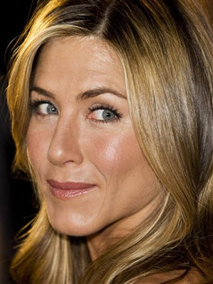 Jennifer Aniston: Knocked Up & Getting Hitched?