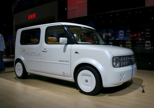 Nissan Denki Cube Captured Before Press Event