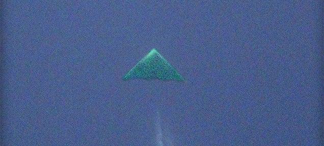 Clearer photo of mysterious unidentified flying object taken in Kansas