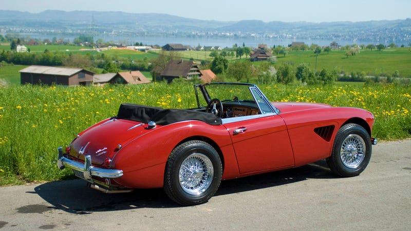 Ten Cheap Cars That Make You Look Rich
