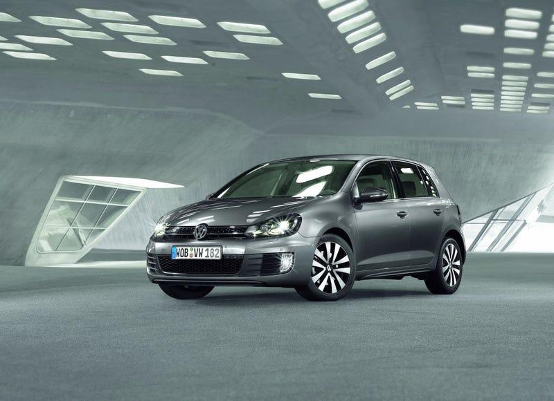 Volkswagen Golf GTD: GTI Style With Diesel Economy