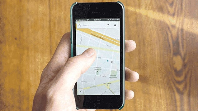 US Court Rules That Checking Maps on Your Phone While Driving Is a Bad Thing