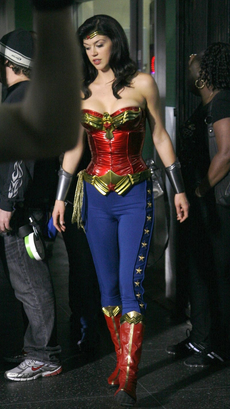 Wonder Woman BTS pics