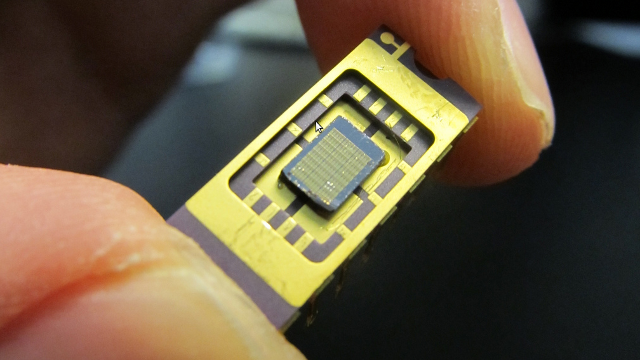 Nano-Scale LEDs Toast Lasers When It Comes to Data Transfer