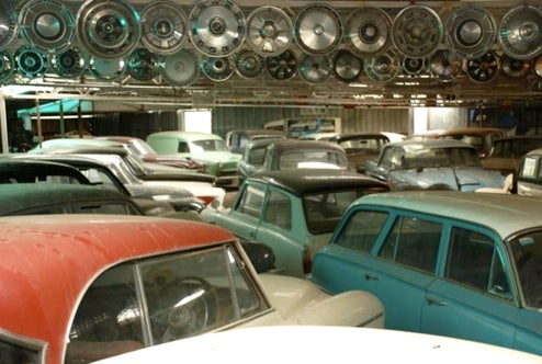 Amazing Barn Find: Aussie Man Hoards 297 Classic Cars