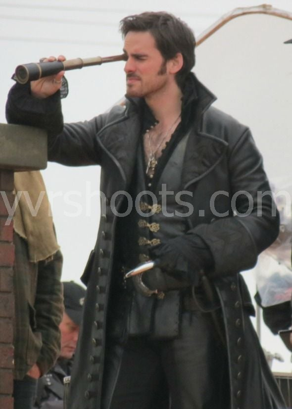 Once Upon a Time - Captain Hook Set Photos