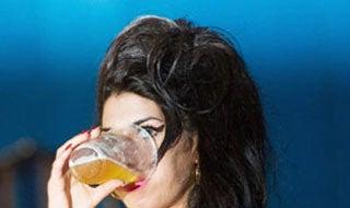 Amy Winehouse Cancels Tour Dates