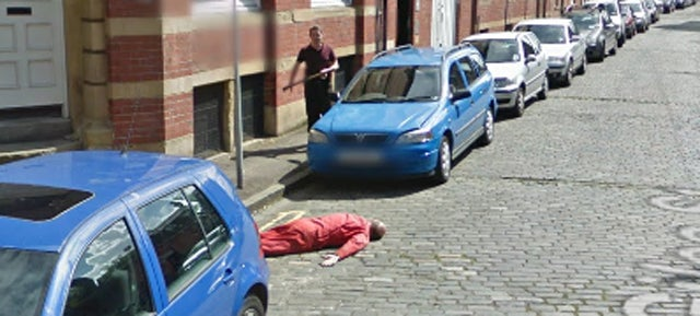 Car Mechanics Stage Prank Murder On Google Streetview