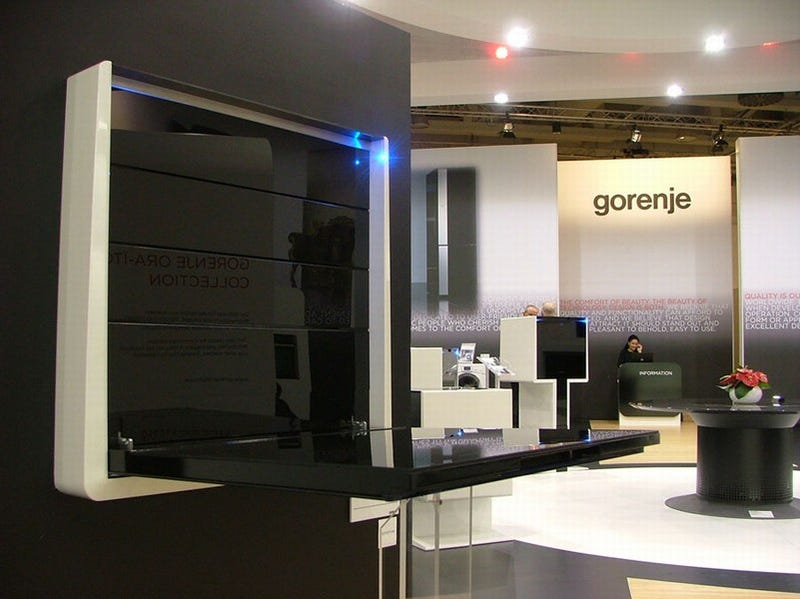 Gorenje Qube Foldable Hob Is the Laptop of Kitchens