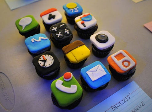 Caption Contest: iPhone Cupcakes