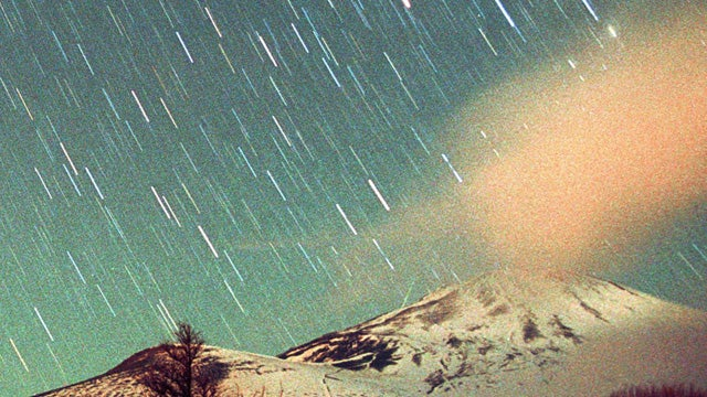 Epically Shitty Meteor Shower to Chuck Some Fucking Stars Across The Sky This Weekend