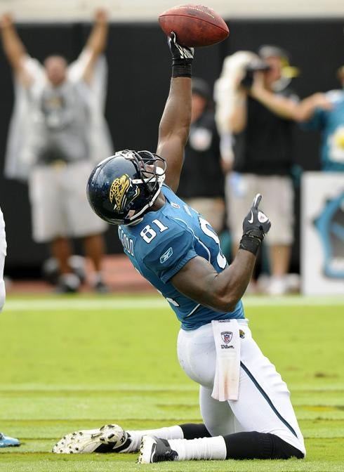 Jags Receiver Gets Caught In Action Movie After Armed Intruder Busts In