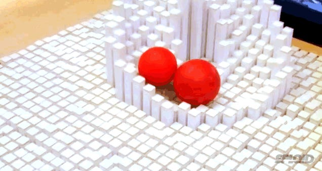 New awesome videos show how mesmerizing that morphing table is