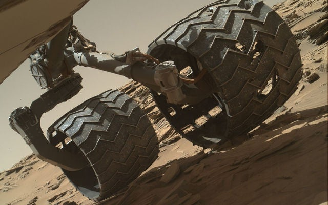 You Can Be the Curiosity Rover in NASA's New Driving Game