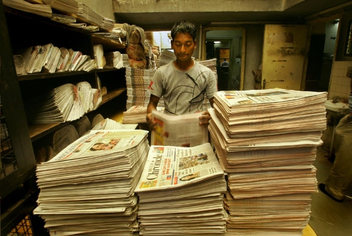 The Global Newspaper Industry Declines