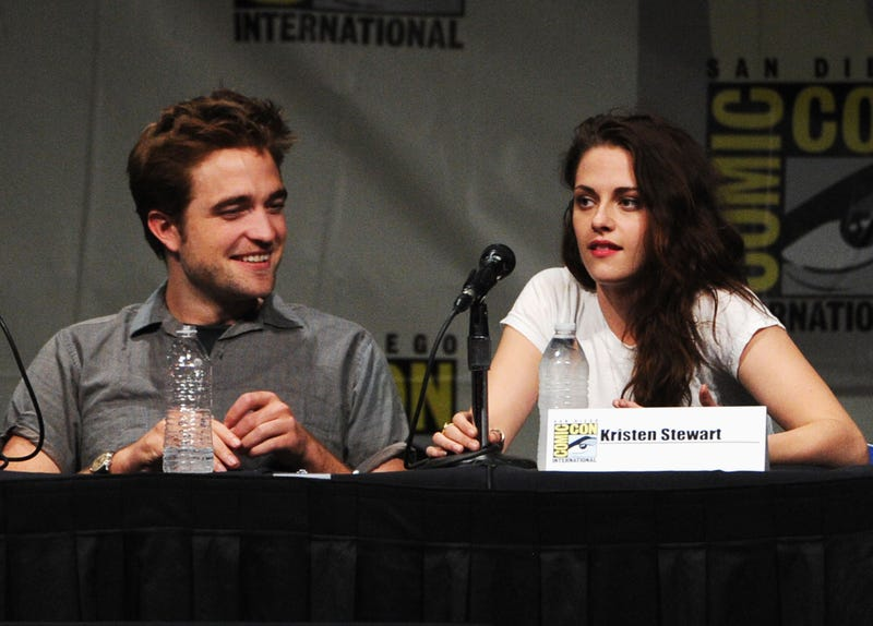 Photos Claim to Show Kristen Stewart Cheating on Robert Pattinson with Married Director [UPDATE x2: KStew Confirms Report]