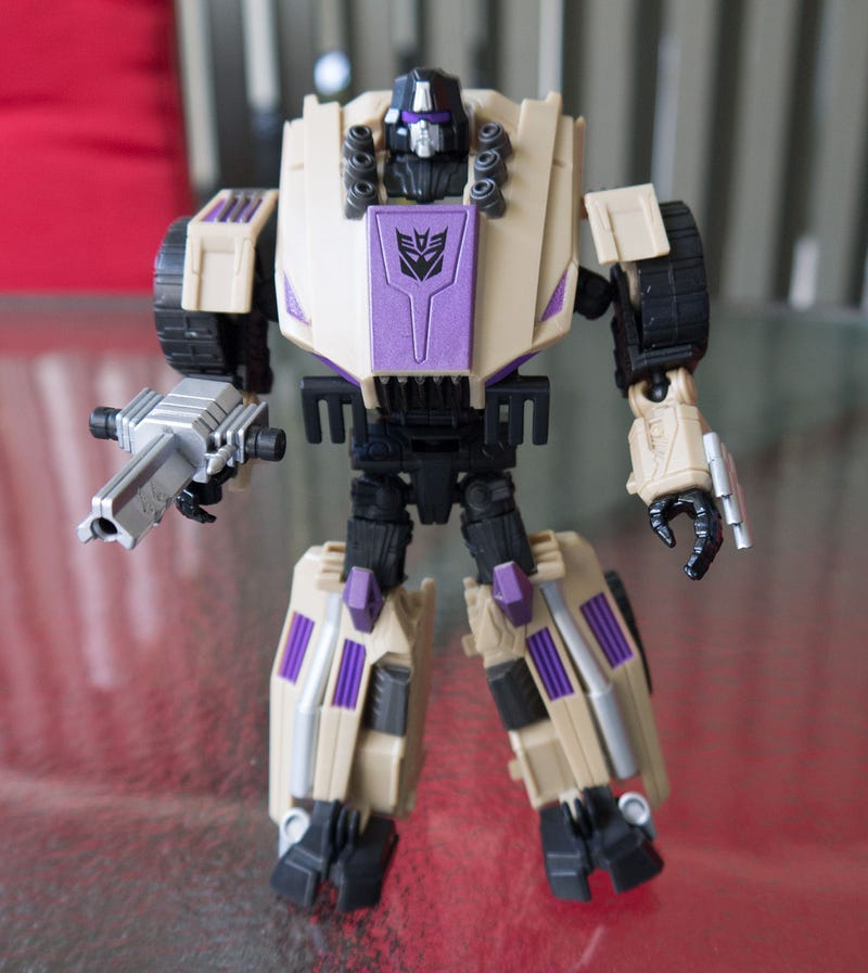Doing Battle with Fall of Cybertron's Bruticus Figure