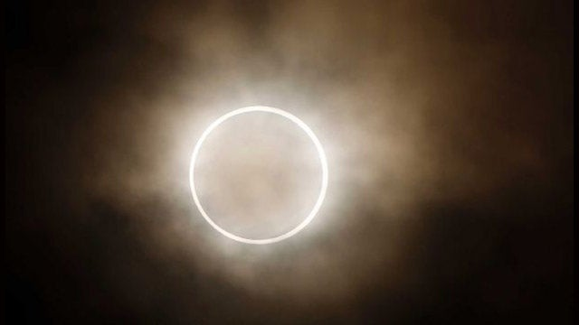 Here's the Achingly Beautiful Eclipse You Missed Last Night