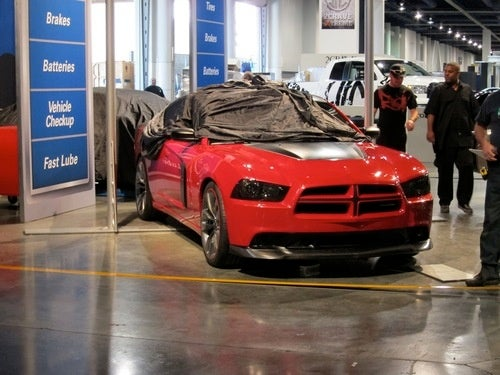 Dodge Charger R/T Lays Bets On Red And Black