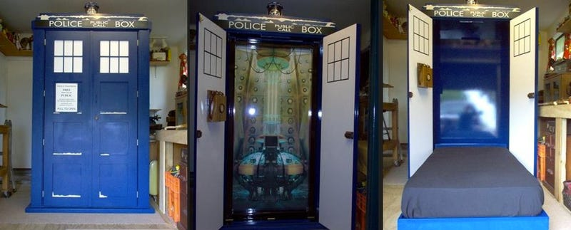 Spend every night with the Doctor in this awesome TARDIS bed