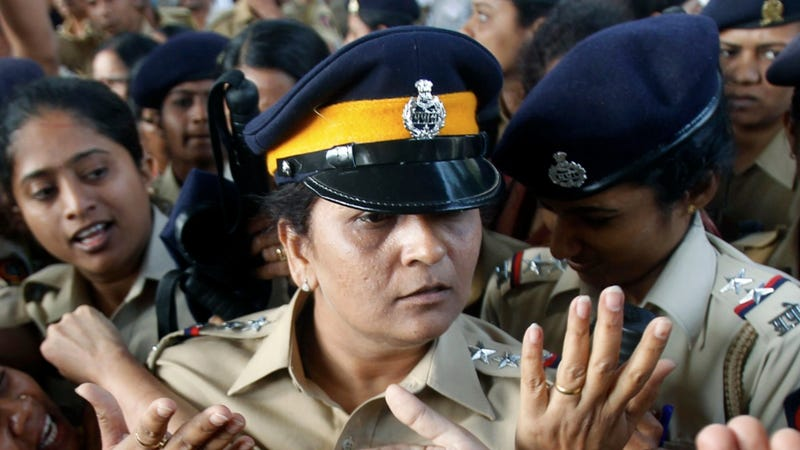 More Female Cops Finally Allowed Outdoors in Mumbai