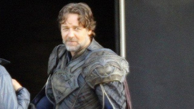 First look of Russell Crowe as Superman's Alien Dad, Jor-El