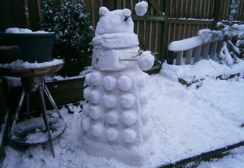 These geeky snowmen turn their yards into a weirder winter wonderland