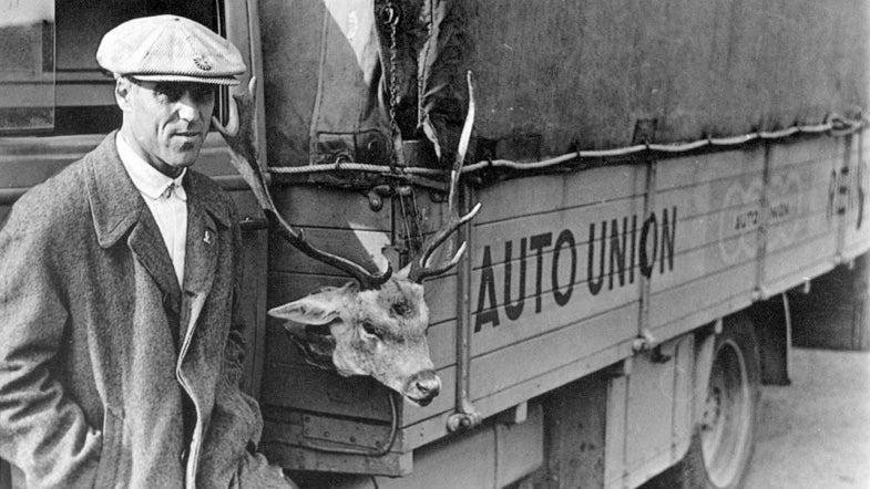 Tazio Nuvolari, deer hunter with Silver Arrow