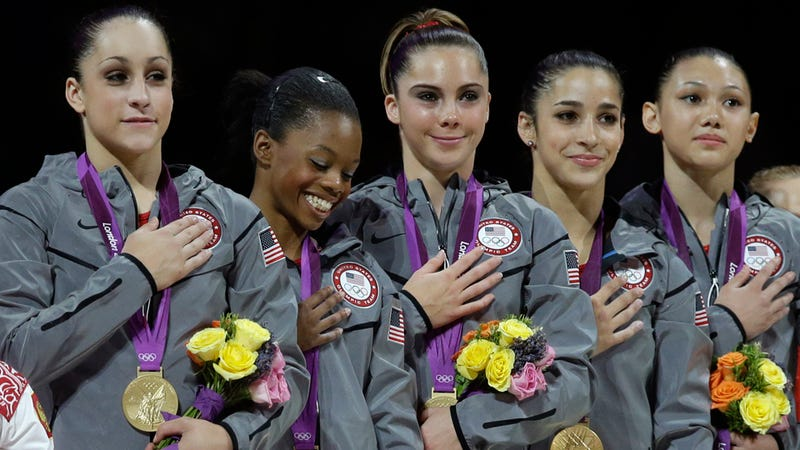 People Saying 'Hi' to the U.S. Women's Gymnastics Team