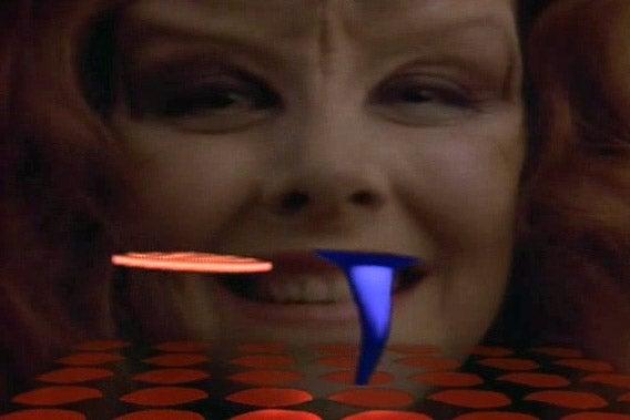10 Suckiest Video Games People Play In Science Fiction