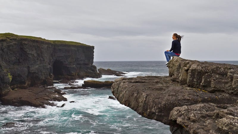 Life Is a Rom-Com: Man Travels to Ireland to Find Woman He Talked to for 5 Minutes