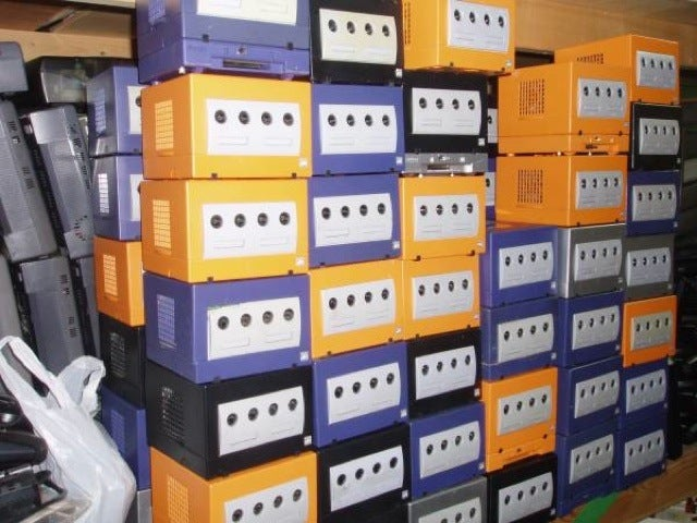 One Hundred GameCubes Or Somebody's Trash?