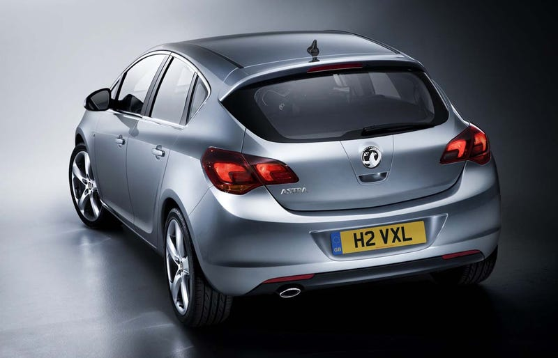 New Vauxhall Astra Interior Is Definitely Not Saturn-Like