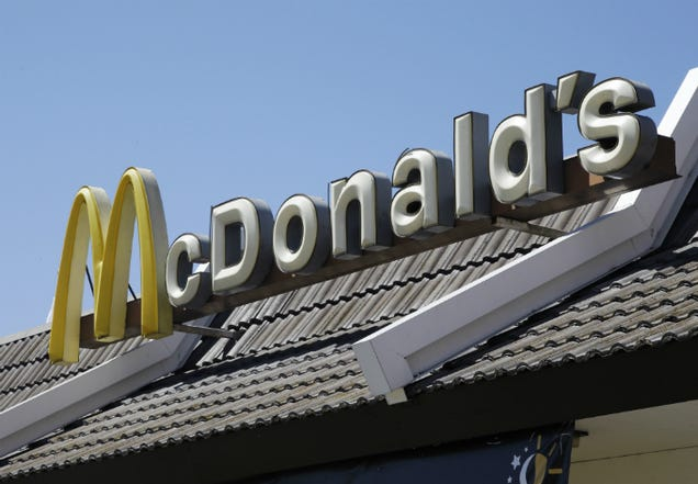 McDonald's Worker Wins $437,000 From NY After Cop's False Allegation