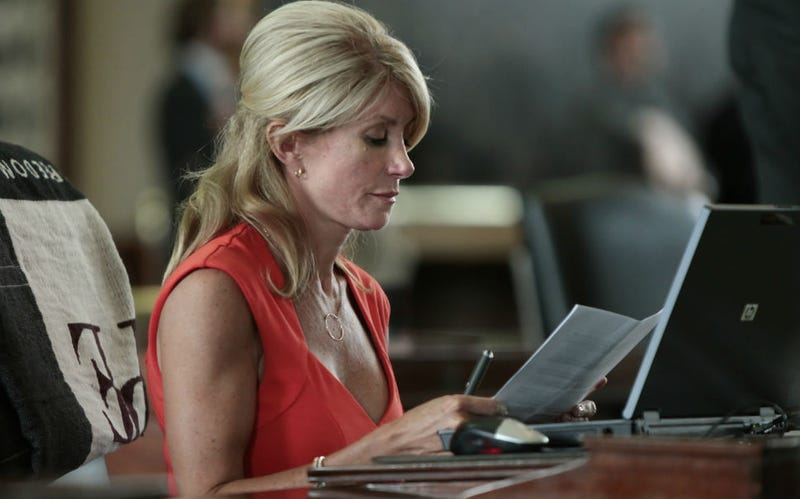 Wendy Davis's Daughters Pen Epic Defense Of Their Mom