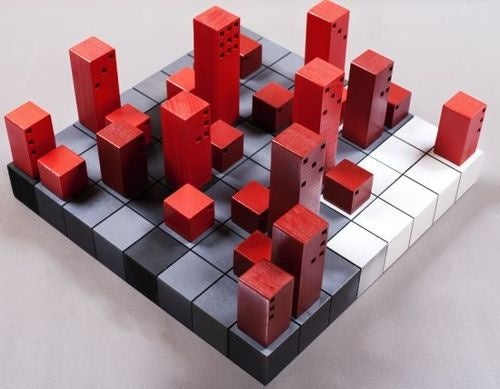 Cube-Based Chess Set Adds Modern Confusion To Timeless Difficulty