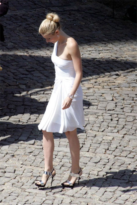 Gwyneth Paltrow Expresses Concern Over Italian Cobblestones